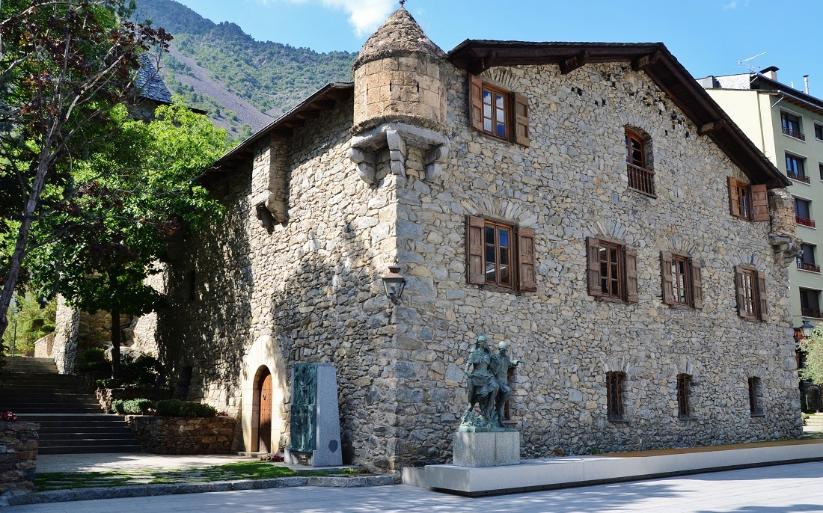 Casa de la Vall ile ilgili görsel sonucu
